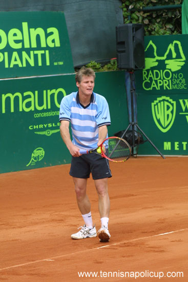 fred_napoli_on_court3.jpg